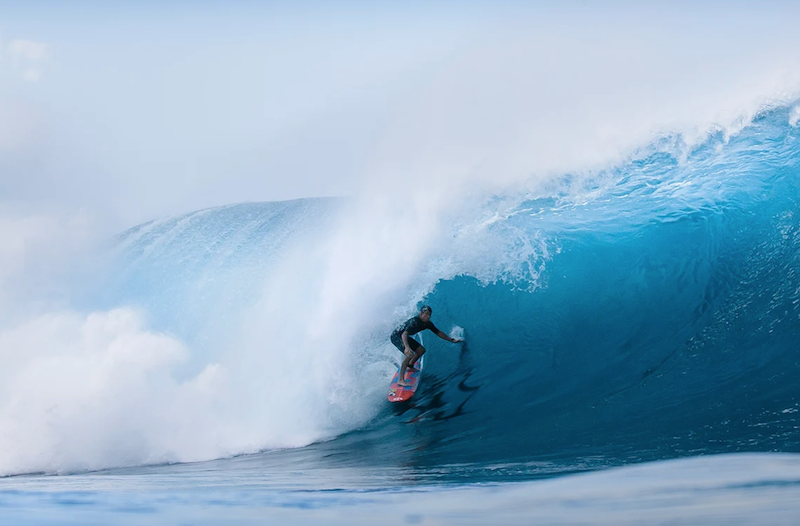 Mark Healey surft die Wave of the Winter