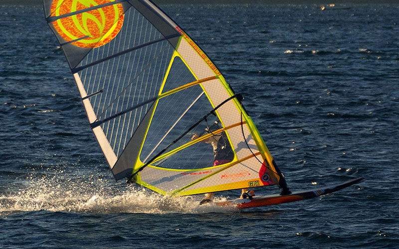 WINDSURFERS Quick-Test: Hot Sails GPX 7,5 qm