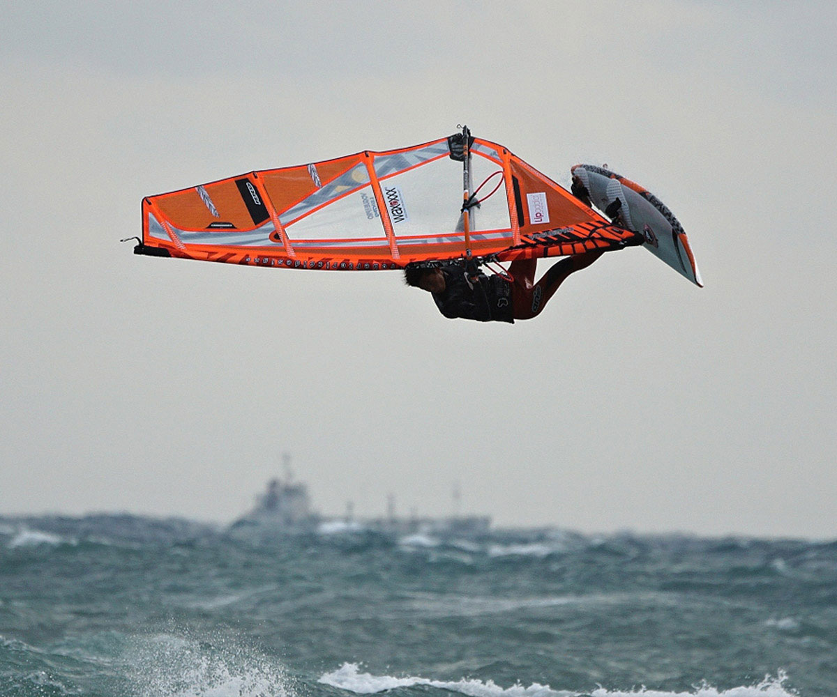 WINDSURFERS in Japan: von Tokio nach Okinawa