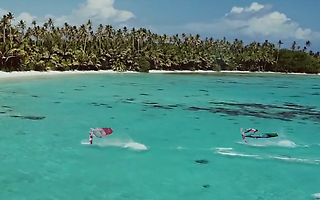 Windsurf Duo Tahiti - Julien Mas & Sam Esteve