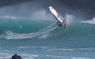 South Swell Le Perouse - Robby Naish & Ricardo Campello