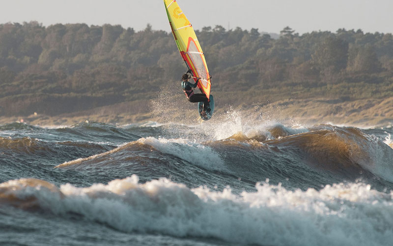 WINDSURFERS at home: Steffi Wahl im Interview
